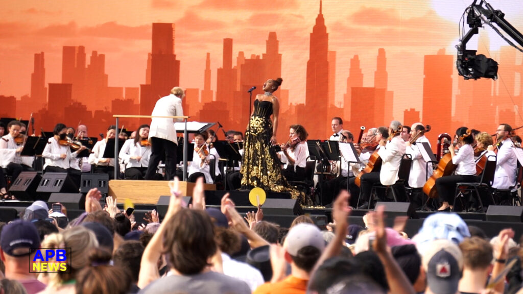 NYC Central Park Concert Halted when Lightning Struck Across the Sky